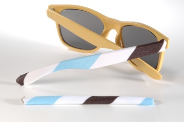 large white-brown-turquoise